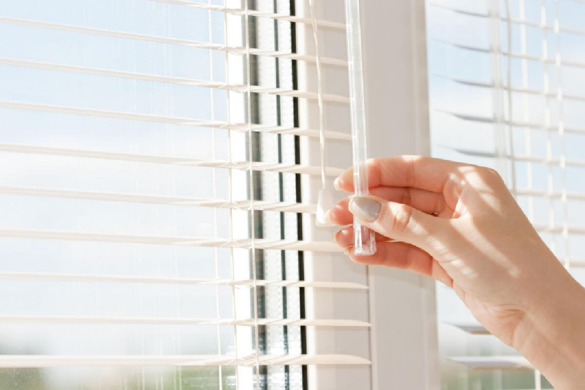 uPVC Window Blinds Hull