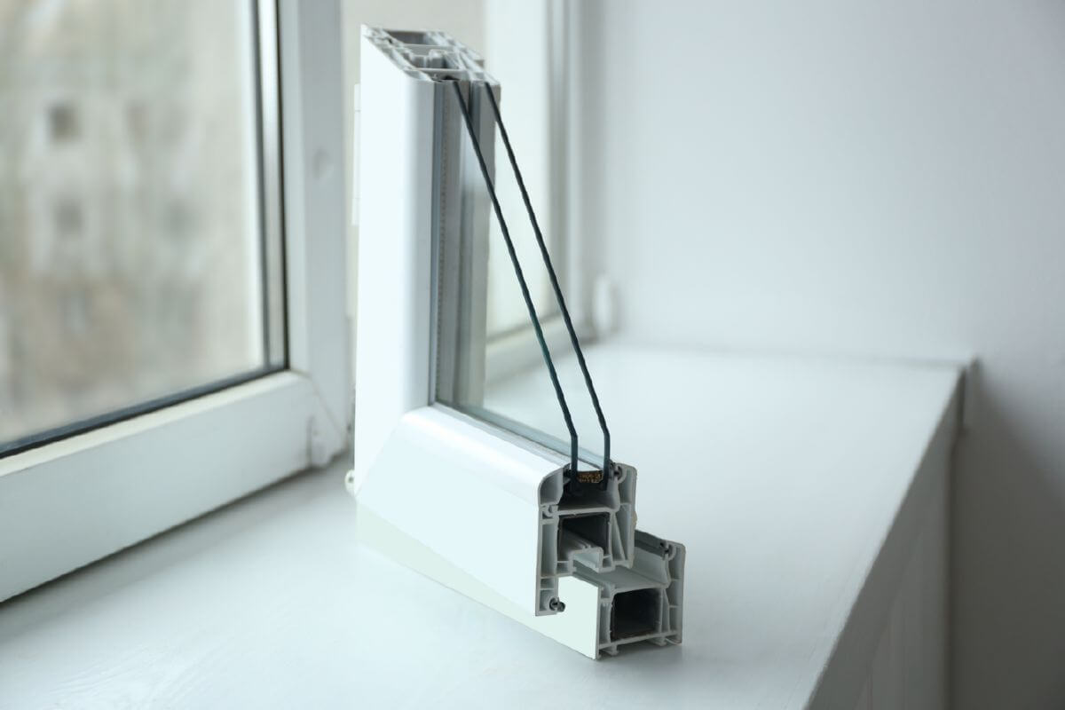 uPVC Window Fitting Hull